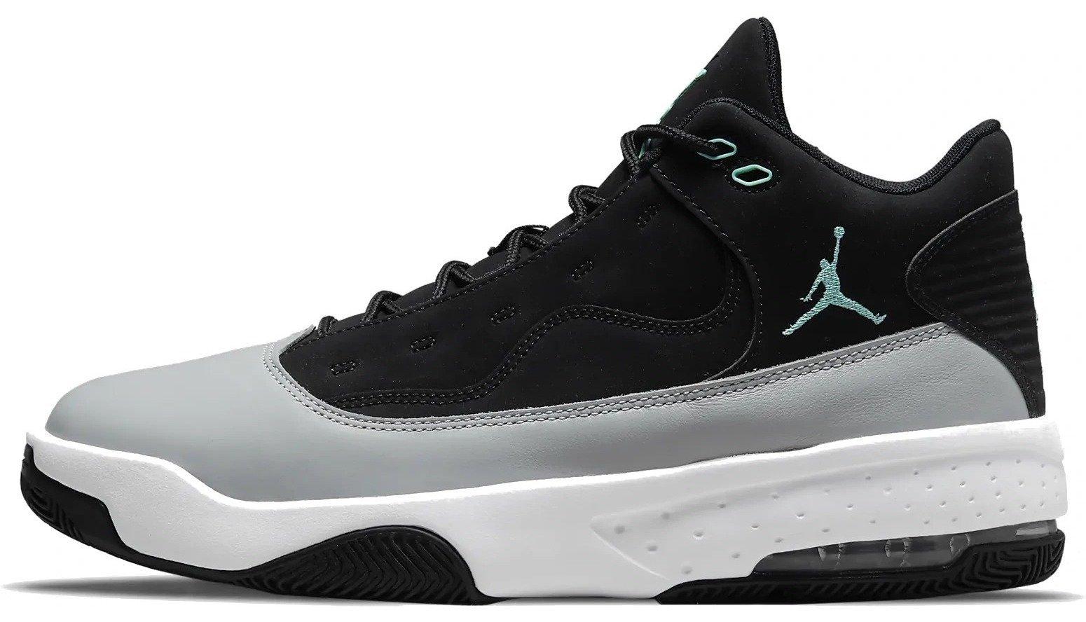 Nike Jordan Max Aura 2 M